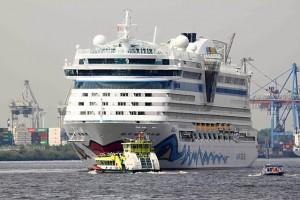 Schiffsinnenausbau: Ein AIDA-Kreuzfahrtschiff in Hamburg.