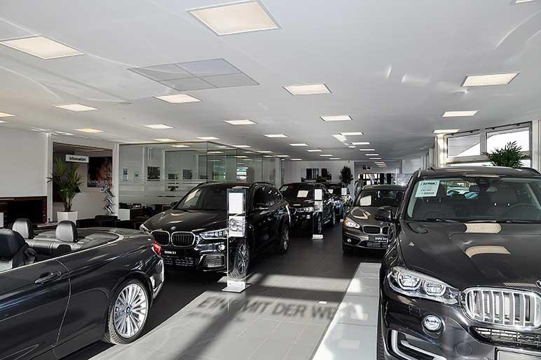 BMW Tekken in Leer (Ostfriesland): Trockenbauwand, Deckengestaltung, Akustikdecke, Deckenbau, Akustiker.